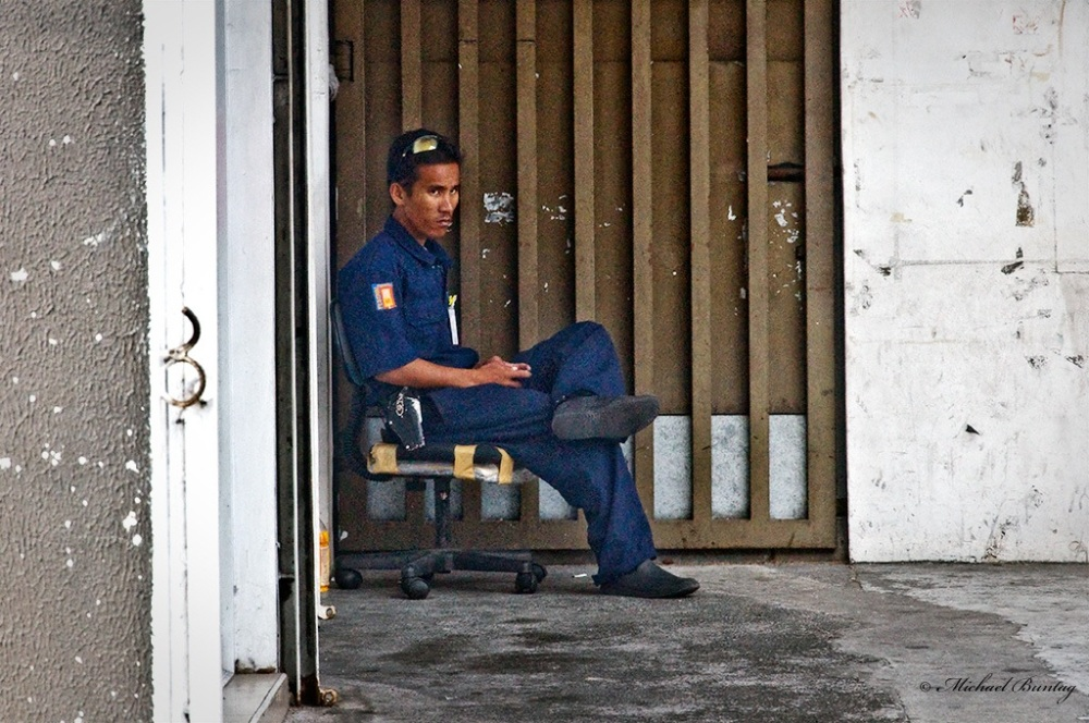Bored Security Guard, Paranaque, Manila