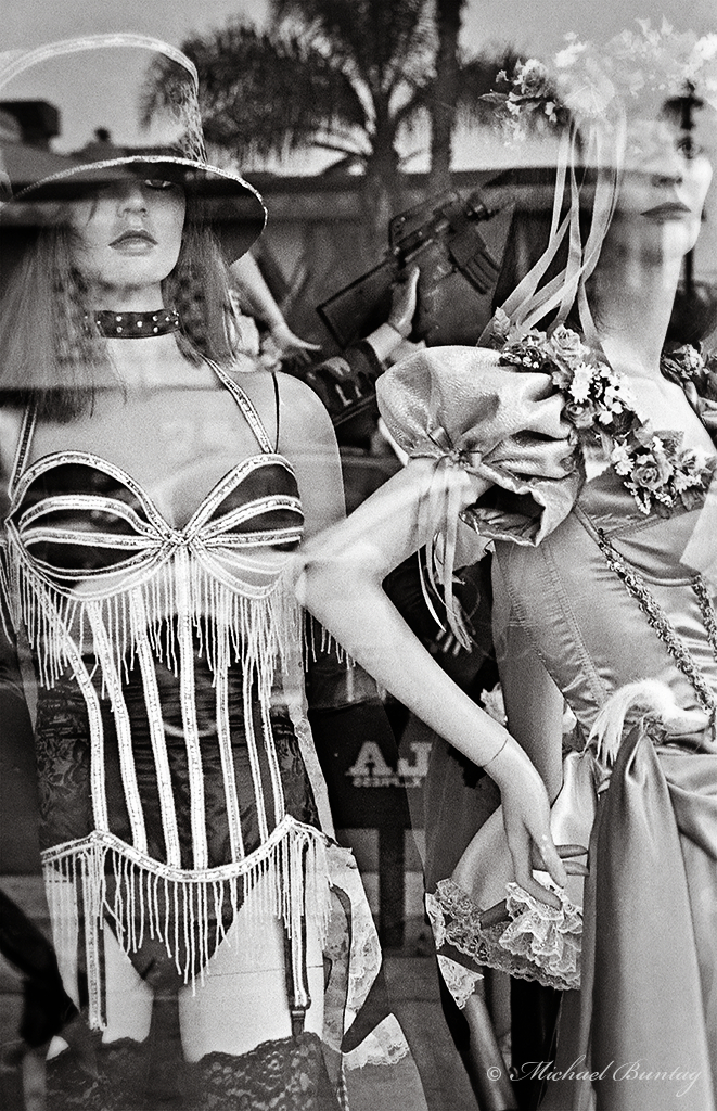 Trashy Lingerie, Los Angeles, California. Ilford HP5+ 35mm BW film.