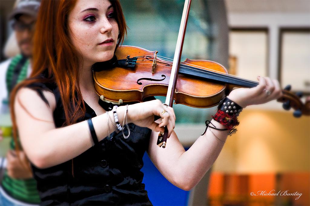 Violinist, Queen Street Mall, CBD, Brisbane, Queensland