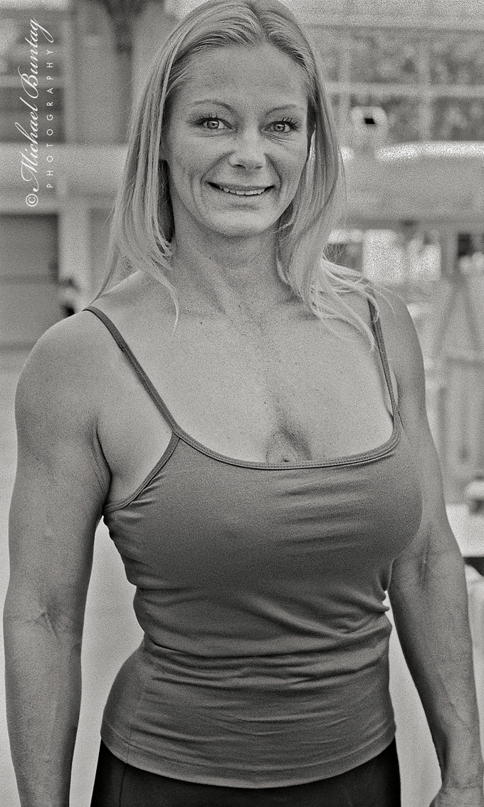 Raye Hollitt, Comic-Con International, San Diego Convention Center, Marina District, San Diego, California. Ilford HP5+ Black and White 35mm negative film.