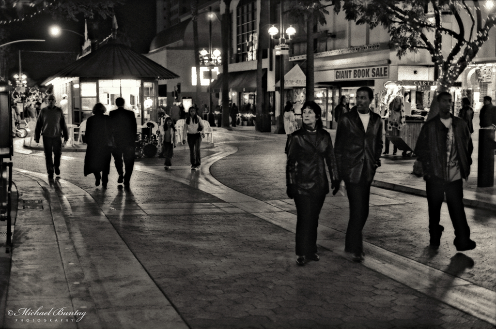 Pedestrians, 3rd Third Street Promenade, Santa Monica, Los Angeles, California. Fujifilm Neopan 1600 BW 35mm negative film.