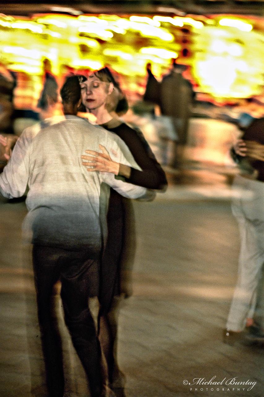 Argentine Tango Dancers, 3rd Third Street Promenade, Santa Monica, Los Angeles, California. Fujifilm RHPIII Provia 400F 35mm Positive Slide Film.