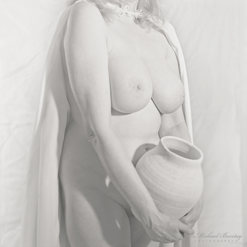 Nude Photo Session, Maryland Institute College of Art (MICA), Bolton Hill, Baltimore, Maryland. VP6041 Verichrome Pan 120 mm 6x6 cm BW negative film.