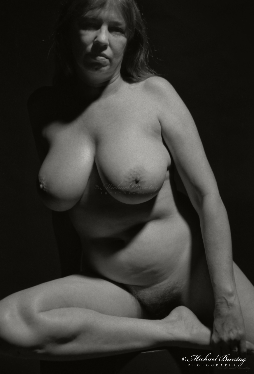 "Nude Studio Session, Maryland Institute College of Art, Bolton Hill, Baltimore, Maryland. Kodak Tri-X 400 35mm BW negative film. 90% crop of bottom. Final crop: 2837x4256 (8x12"") or 4167 (11.75"")"