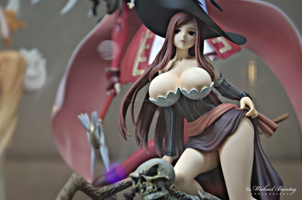 Dragon's Crown - Sorceress PVC Figures, The 13th Philippine Toys, Hobbies and Collectibles Convention 2014, Megatrade Hall, SM Megamall, Mandaluyong, Manila