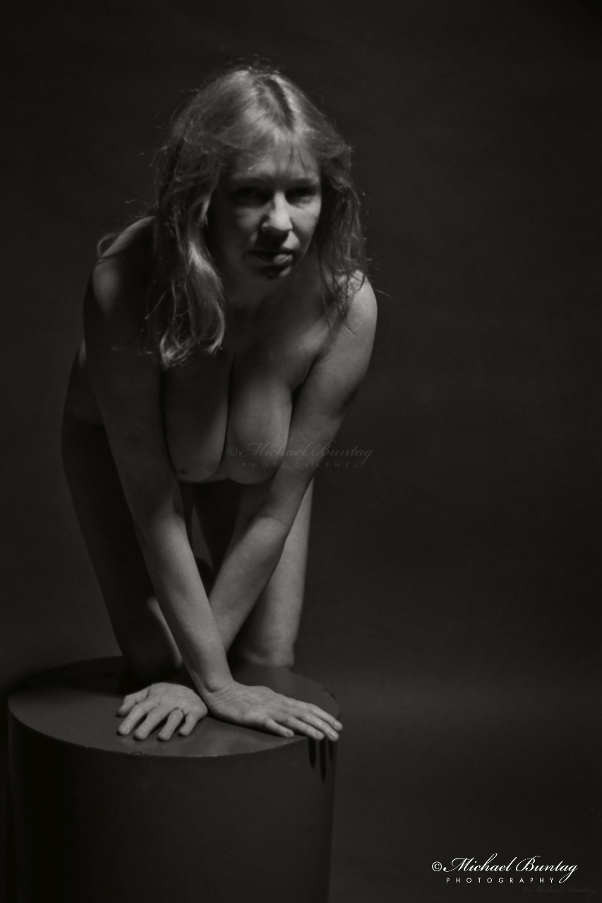 Nude Studio Session, Maryland Institute College of Art, Bolton Hill, Baltimore, Maryland. 5% increase canvas size on left. Final crop: 2597x4436 (8x12Ó). Kodak tx5063 Tri-X Black and White 35mm negative film.