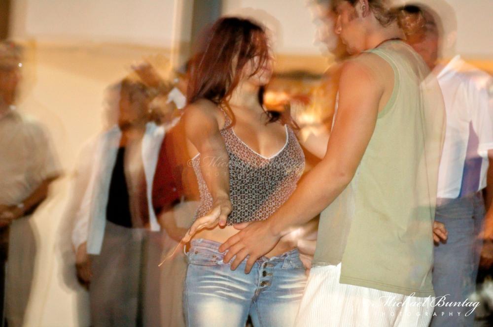 Salsa dancers, 3rd Street Promenade, Santa Monica, Los Angeles
